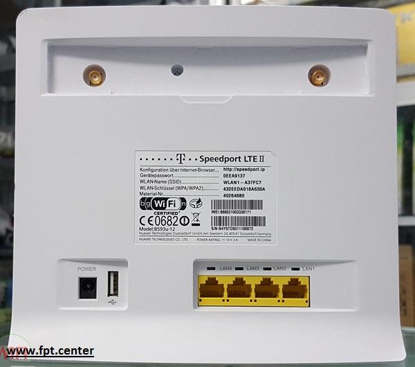 Modem WiFi 3G/4G HuaWei B593-12 tốc độ 300 Mbps kết nối 32 User