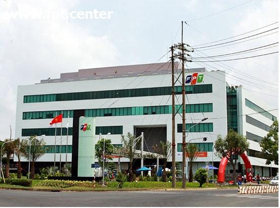Tòa nhà FPT Tân Thuận nằm tại khu chế xuất tân thuận TPHCM cho khách hàng cần đến giao dịch FPT Quận 7