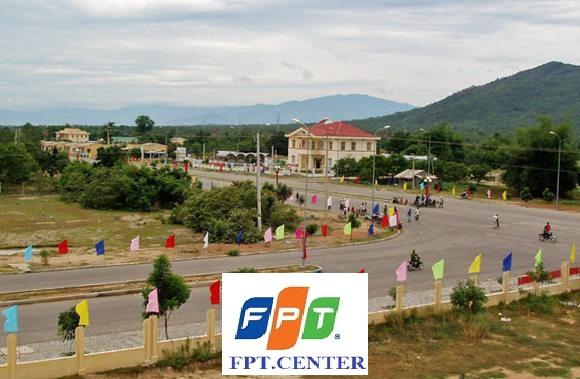 FPT huyện Ninh Sơn hiệng đang triển khai các gói cước internet FPT tốc độ cao để phục vụ cho người dân trên địa bàn . Khách hàng đăng ký mạng FPT huyện Ninh Sơn chỉ cần gọi ngay hotline: 091.447.1125