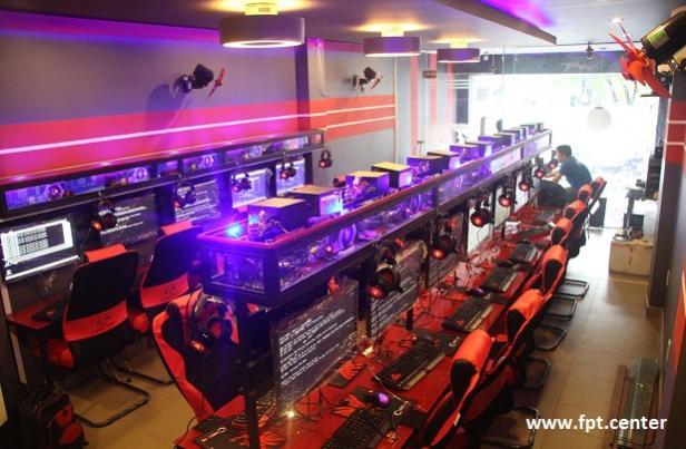 Chi phí lắp đặt cho phòng nét game cỡ 20 máy trở lên là bao nhiêu ?