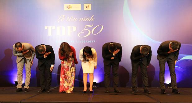 FPT Telecom tôn vinh chị Thủy nhân viên tạp vụ trong top 50 xuất sắc